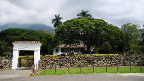 Hacienda_El_Paraiso_(003)-min