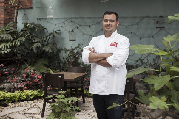 Juan Camacho - Deep Dish Pizza