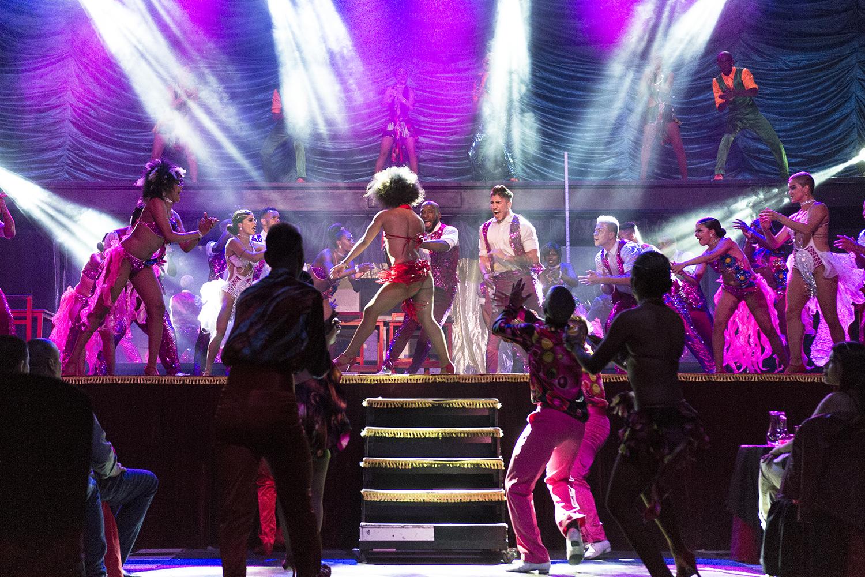 El Mulato Cabaret, el templo de la salsa, el baile y el sabor